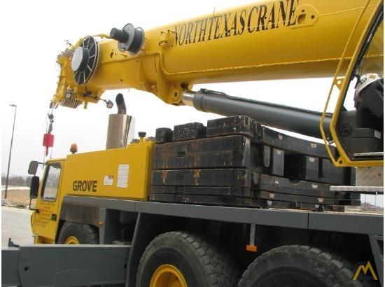 Grove GMK5165 165-Ton All Terrain Crane 7