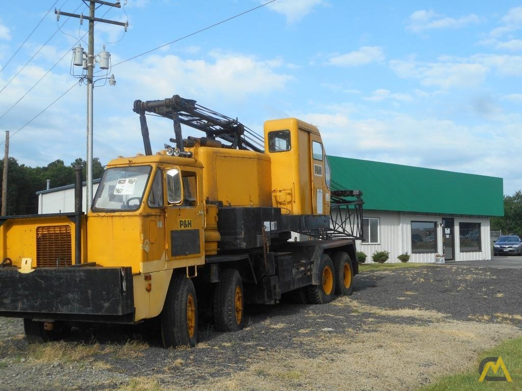 1974 P&H 440TC 40-Ton Lattice Boom Truck Crane 1