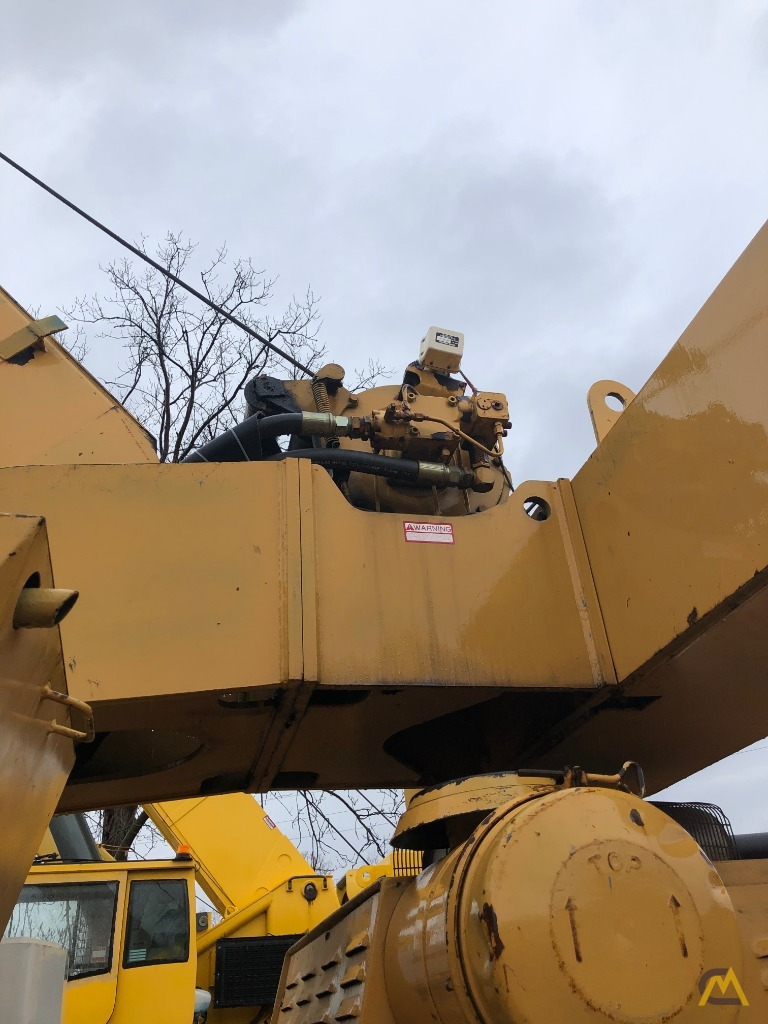 1979 Grove RT522 22-Ton Rough Terrain Crane 1