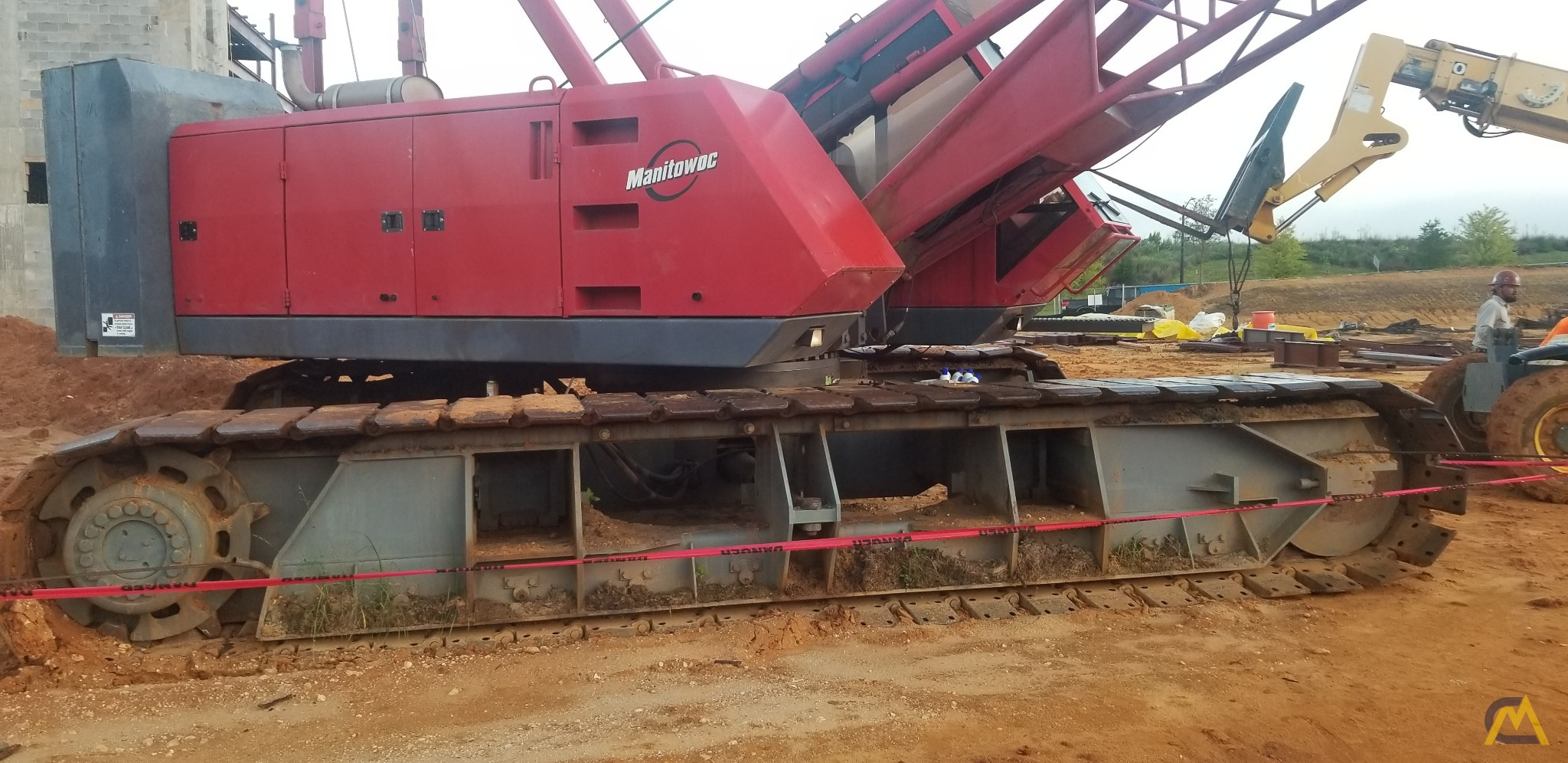 1998 Manitowoc 222EX 100-Ton Lattice Boom Crawler Crane 8