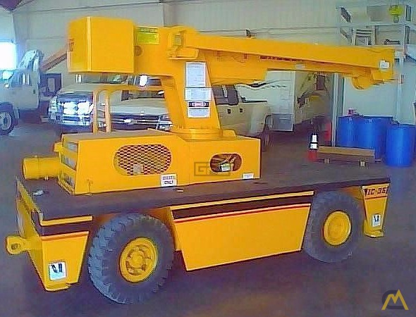 Broderson IC-35-2B 4-Ton Carry Deck Crane 1