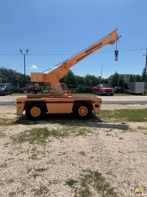 2000 Broderson IC-80-3F 9-Ton Carry Deck Crane  1