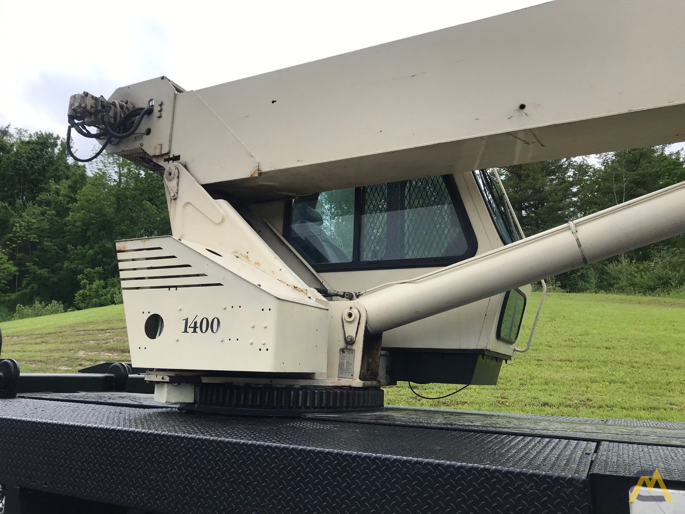2004 National 14127 33-Ton Boom Truck - Immediately Available 11