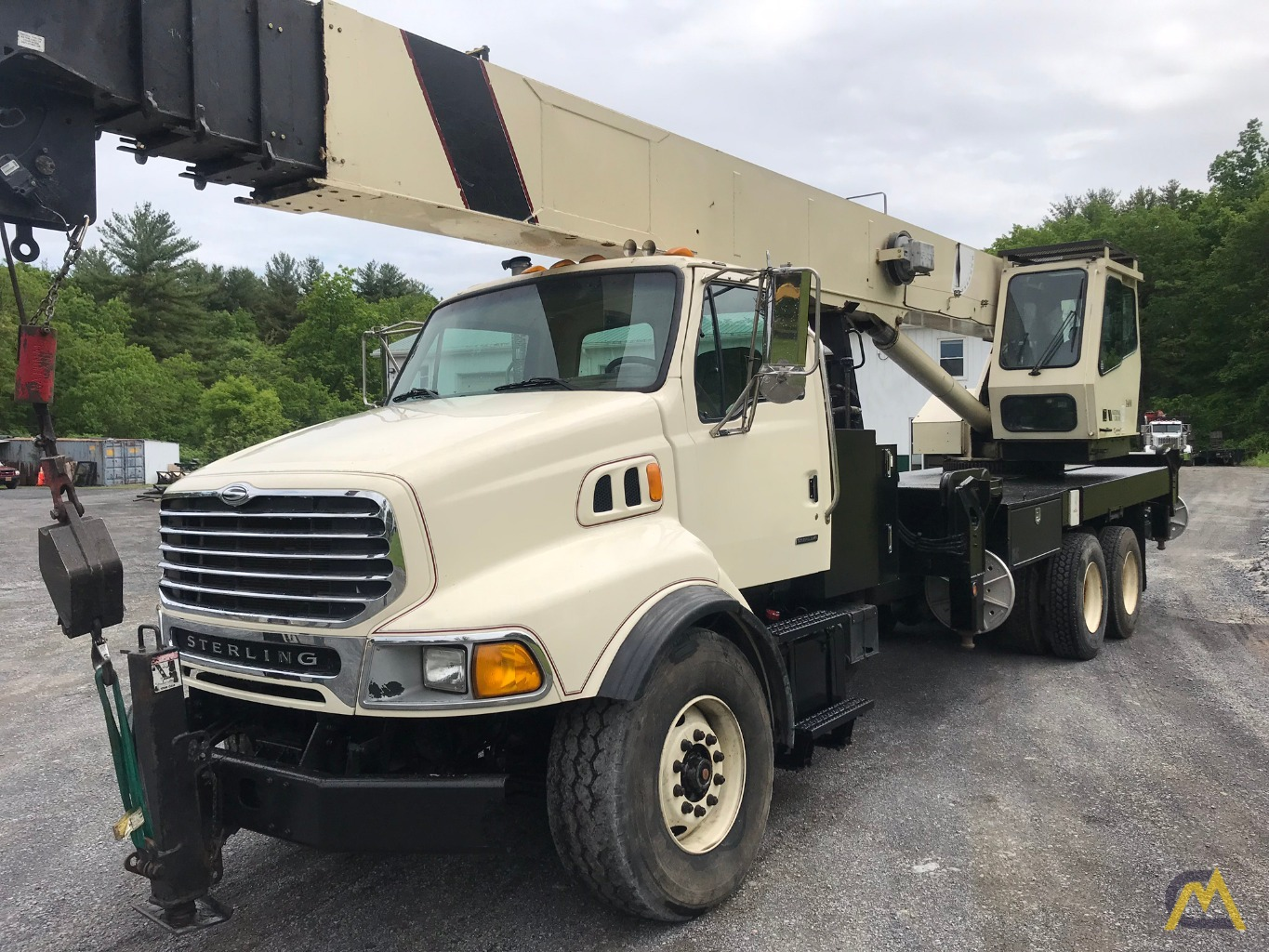 2004 National 14127 33-Ton Boom Truck - Immediately Available 2