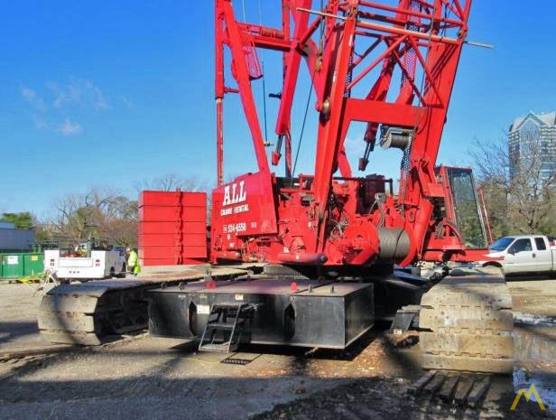 2006 Manitowoc 2250 300-Ton Lattice Boom Crawler Crane 2