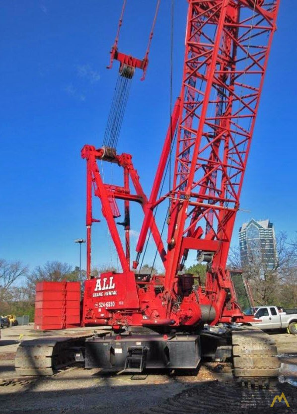 2006 Manitowoc 2250 300-Ton Lattice Boom Crawler Crane 3