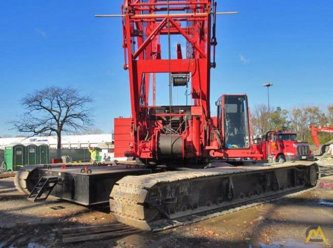 2006 Manitowoc 2250 300-Ton Lattice Boom Crawler Crane 4