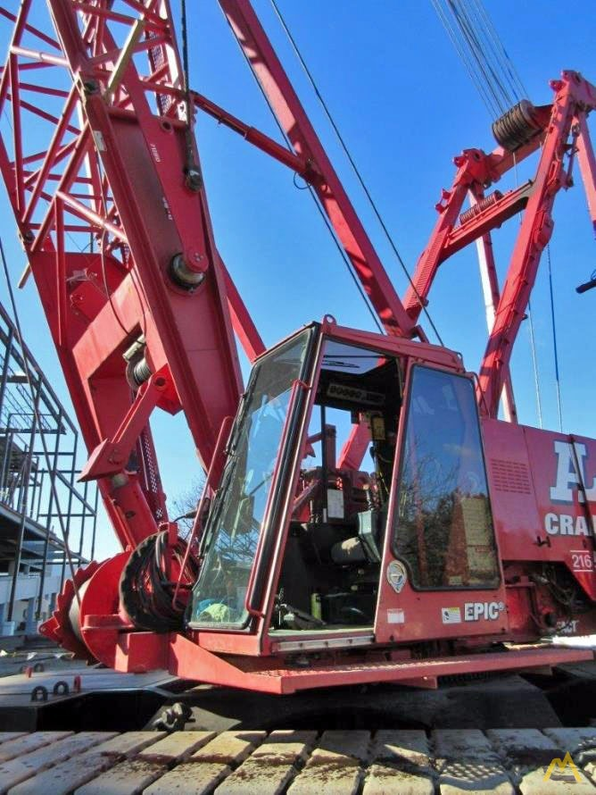 2006 Manitowoc 2250 300-Ton Lattice Boom Crawler Crane 9