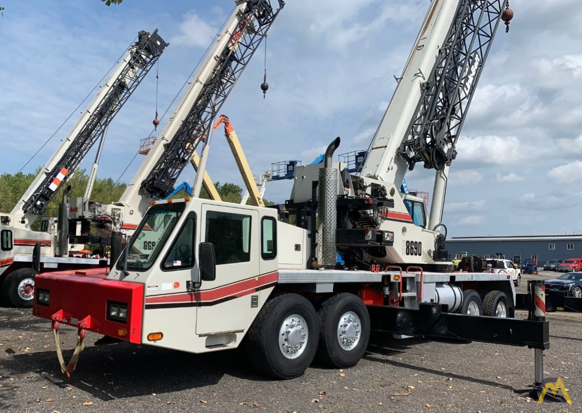2007 Link-Belt HTC-8690 90-Ton Telescopic Truck Crane w/ Detroit Engine 1