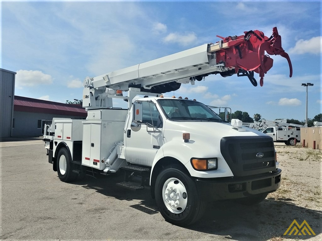 Altec DM47-TR 15-ton Wireless Remote Digger Derrick on 2009 Ford F750 Utility  2