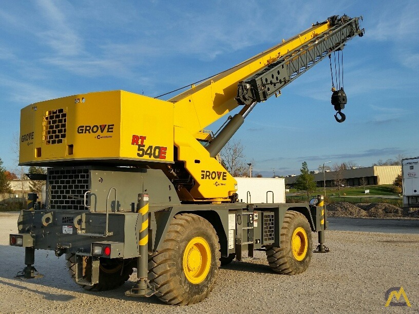 2012 Grove RT540E 40-Ton Rough Terrain Crane 2