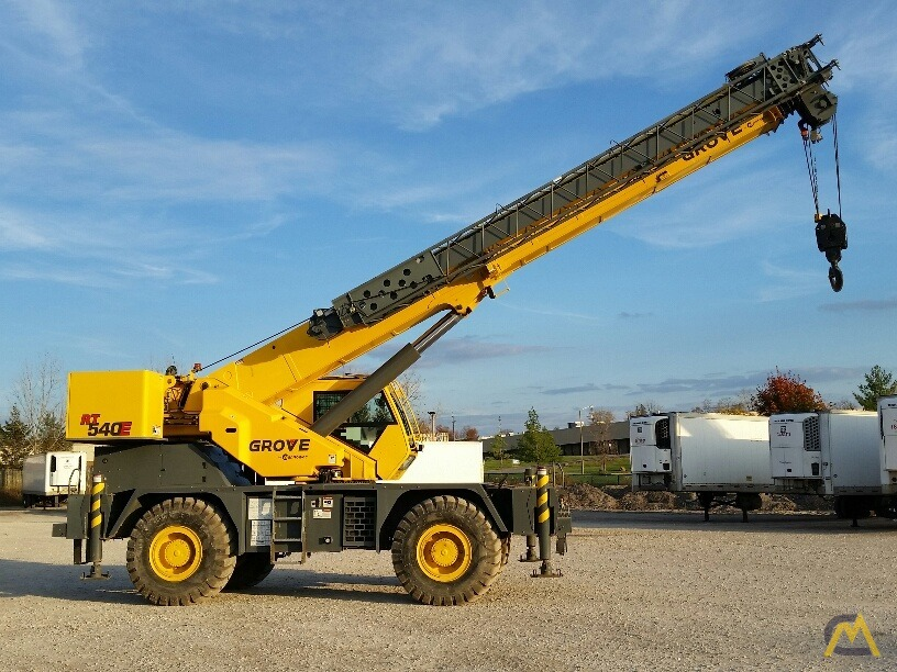 2012 Grove RT540E 40-Ton Rough Terrain Crane 5