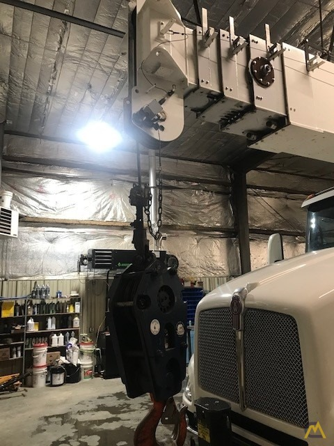 2013/2014 Manitex 40124S w/ New-Style Crane Cab on Kenworth 'Parade Pretty' – One owner/Operator, Low Miles/Hours, Stored Indoors 22