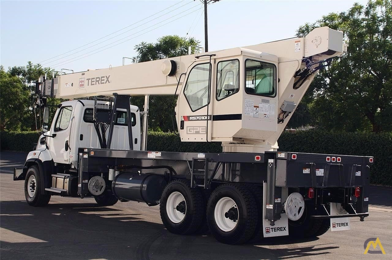 Terex RS 70100 35-Ton Boom Truck Crane on Freightliner 108SD 5