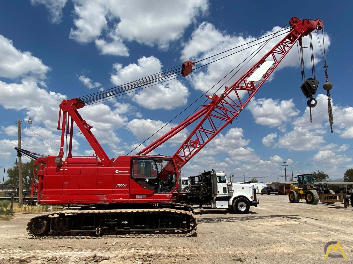 2014 Manitowoc 11000-1 110-Ton Lattice Boom Crawler Crane 0