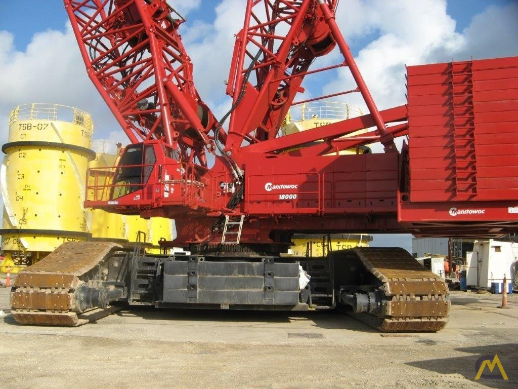 2014 Manitowoc 18000 825-Ton Lattice Boom Crawler Crane 0