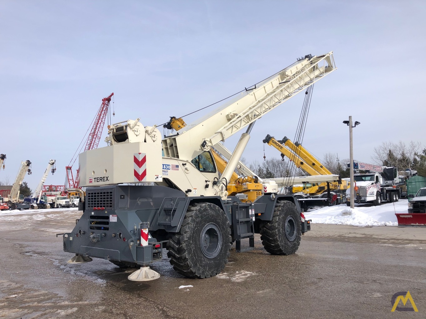 2014 Terex RT 555 55-Ton Rough Terrain Crane 3