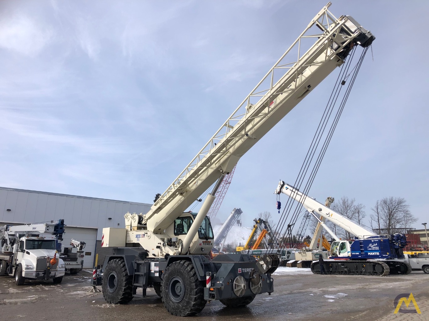 2014 Terex RT 555 55-Ton Rough Terrain Crane 4