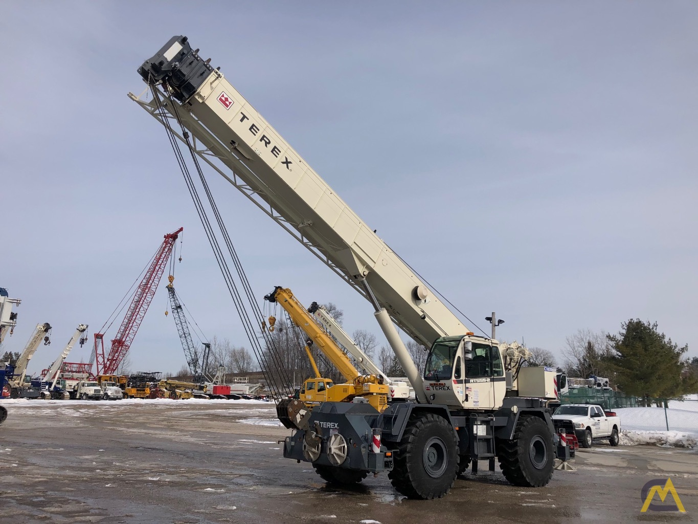 2014 Terex RT 555 55-Ton Rough Terrain Crane 1
