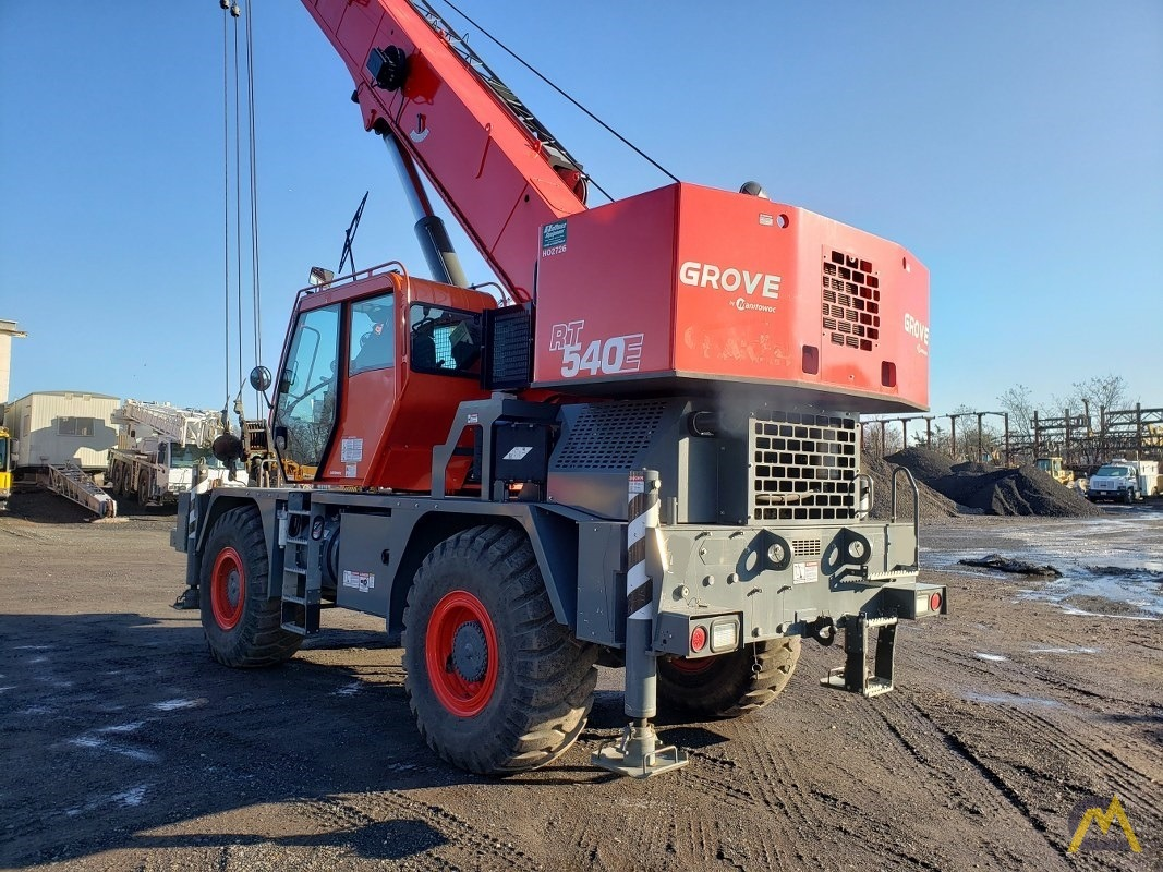 2015 Grove RT540E 40-Ton Rough Terrain Crane 5