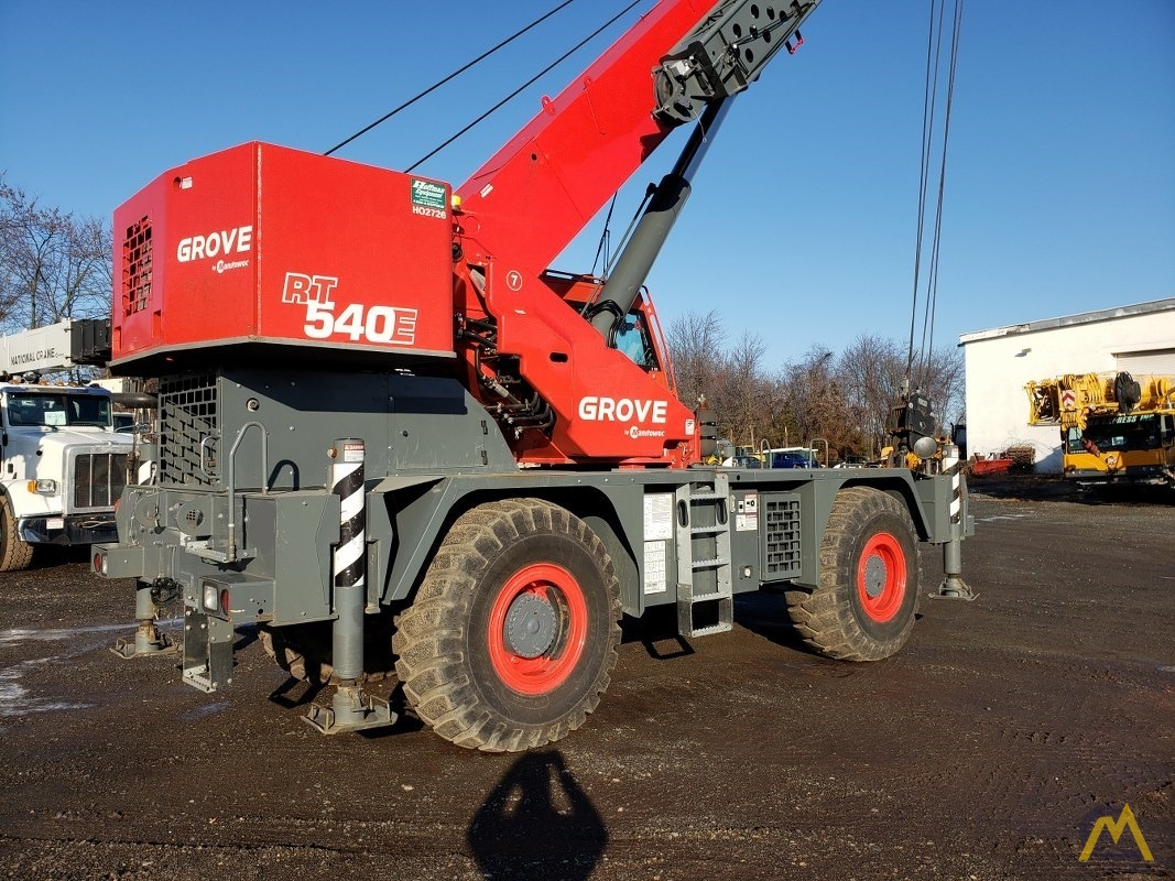 2015 Grove RT540E 40-Ton Rough Terrain Crane 3