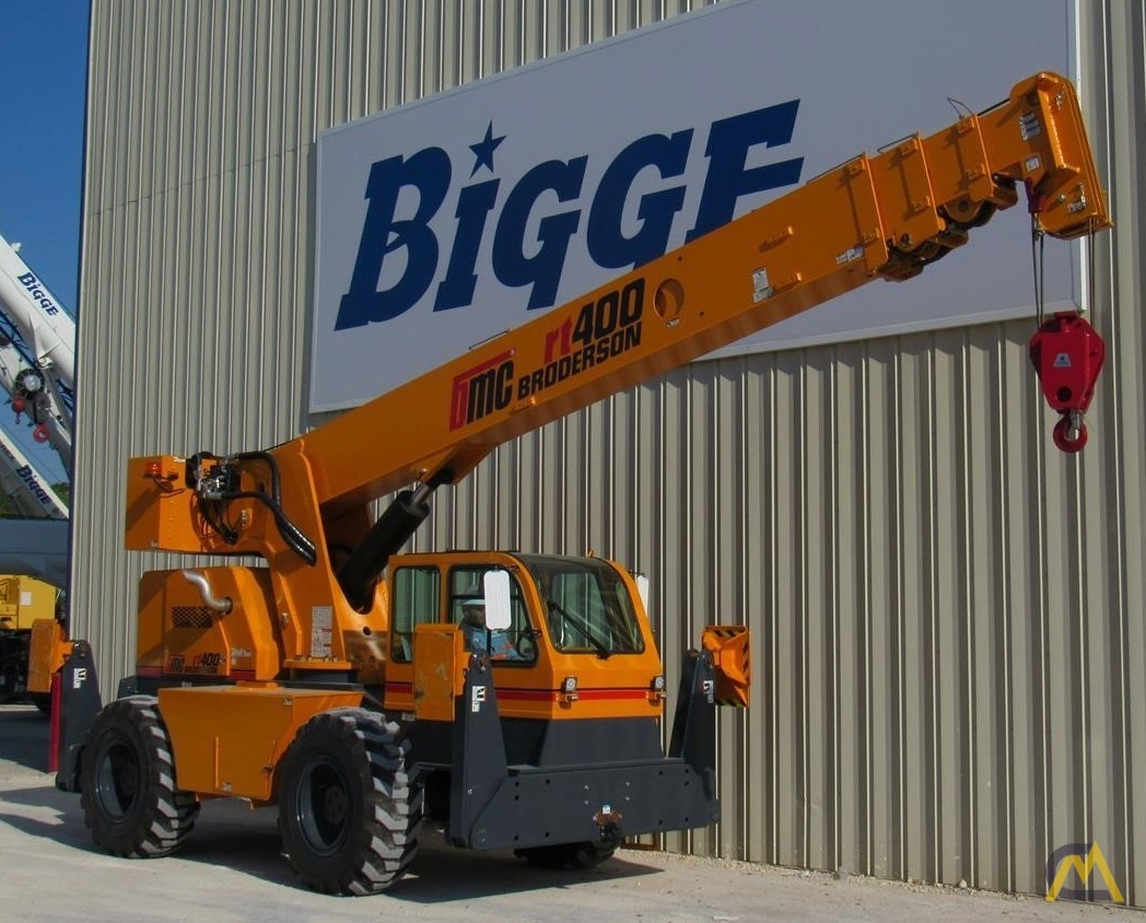 Broderson RT-400-A 20-ton Down Cab Carry Deck Crane For Sale