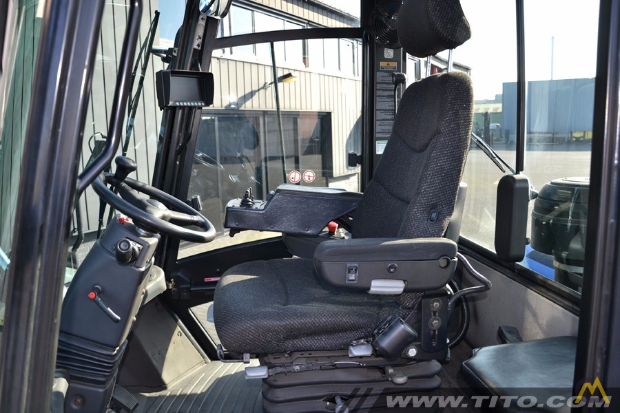 25t Hyster H25XMS-9 Lift Truck 8
