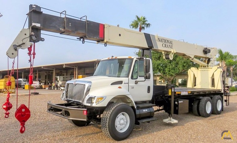 26t National 9103A Boom Truck Crane For Sale
