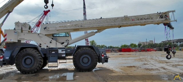 Terex RT 555 55-ton Rough Terrain Crane 4
