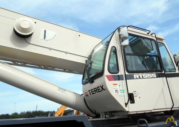 Terex RT 555 55-ton Rough Terrain Crane 10