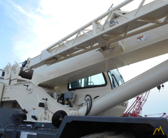 Terex RT 555 55-ton Rough Terrain Crane 17