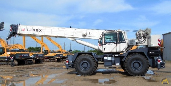 Terex RT 555 55-ton Rough Terrain Crane 0