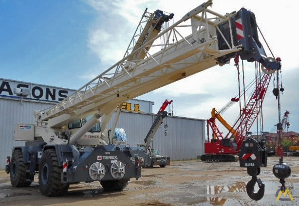 Terex RT 555 55-ton Rough Terrain Crane 3