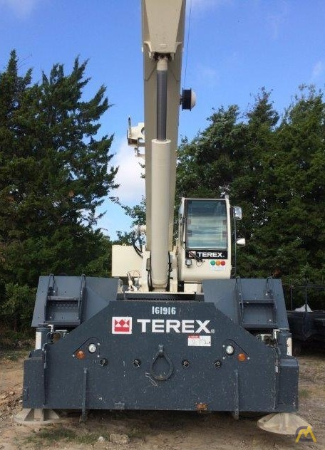 Terex RT 670 70-ton Rough Terrain Crane 4
