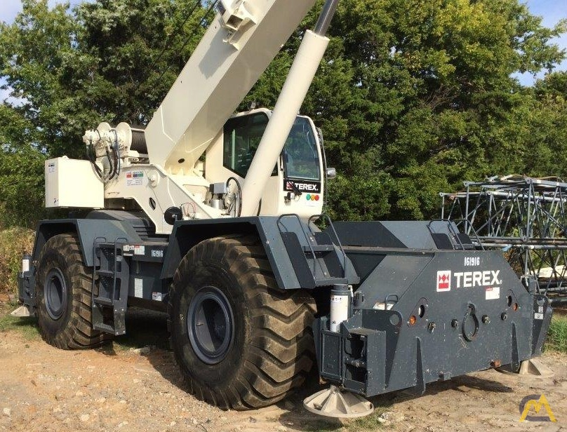 Terex RT 670 70-ton Rough Terrain Crane 0