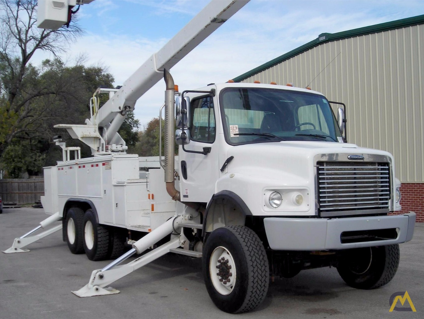 90' Lift-All LM-75/90-2MS Articulating Boom Lift SOLD