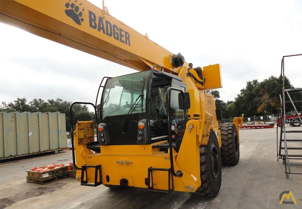 Badger CD4415 15-Ton Rough Terrain Crane 2