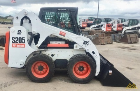 Bobcat S205 Skid Steer Loader 0