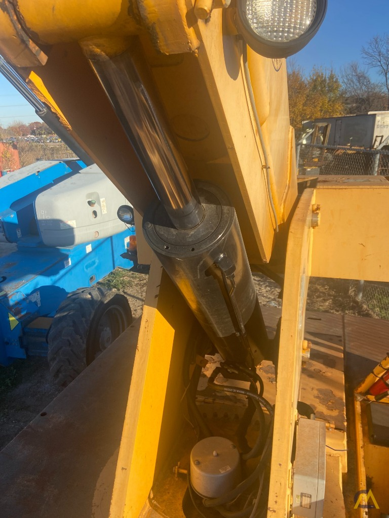 Broderson IC-200-3H 15-ton Carry Deck Industrial Crane Low Hours 8