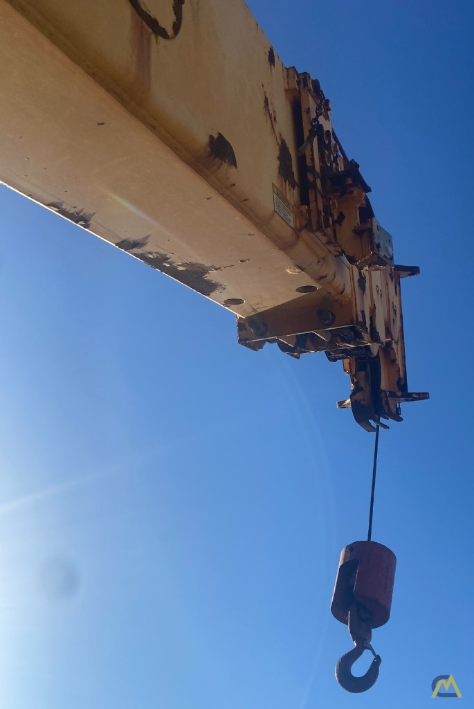 Broderson IC-200-3H 15-ton Carry Deck Industrial Crane Low Hours 7