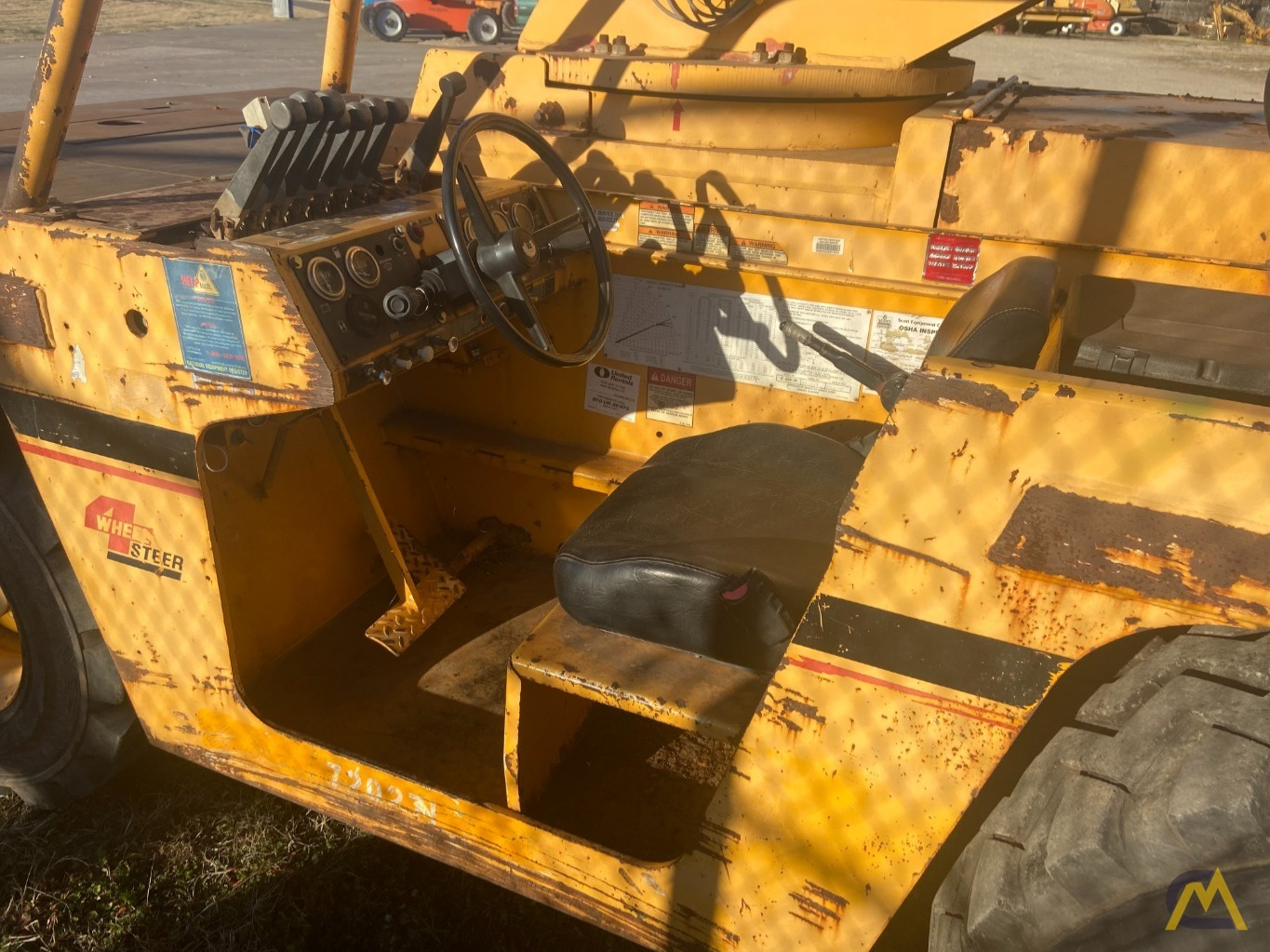Broderson IC-200-3H 15-ton Carry Deck Industrial Crane Low Hours 4