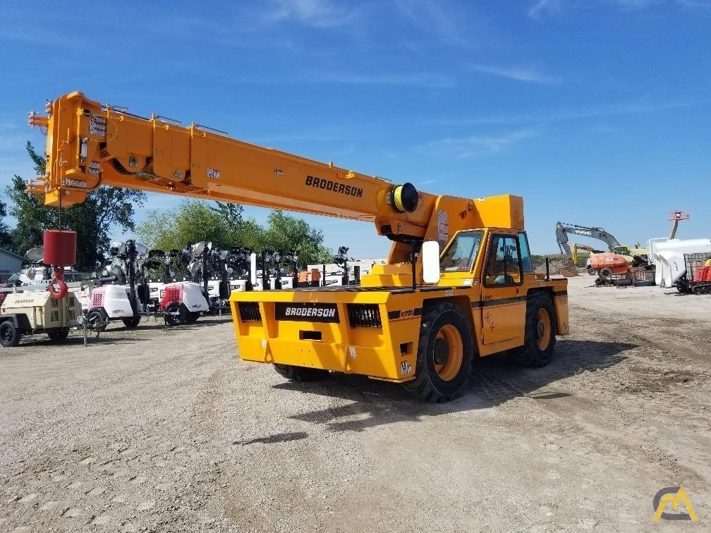 Broderson IC-200-3J 15-ton Industrial Carry Deck Crane For Sale