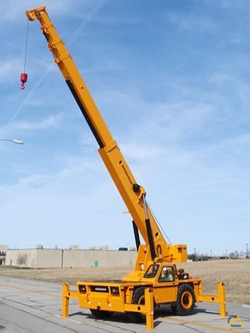 Broderson IC-400-3A 25-Ton Industrial Carry Deck Crane 0