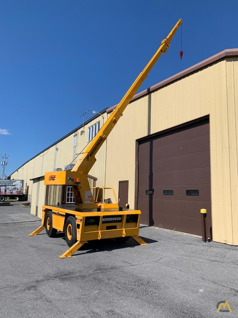 Broderson IC-80-3F 9-Ton Compact Carry Deck Crane 3