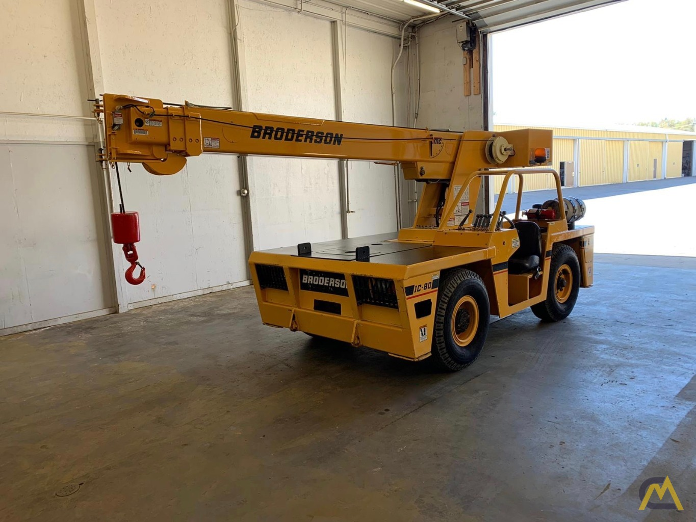Broderson IC-80-3F 9-Ton Compact Carry Deck Crane 6