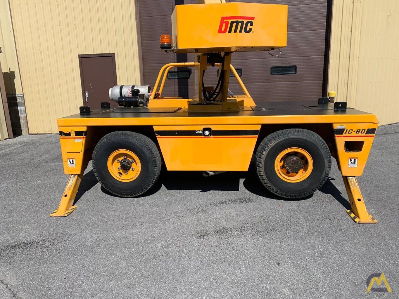 Broderson IC-80-3F 9-Ton Compact Carry Deck Crane 4