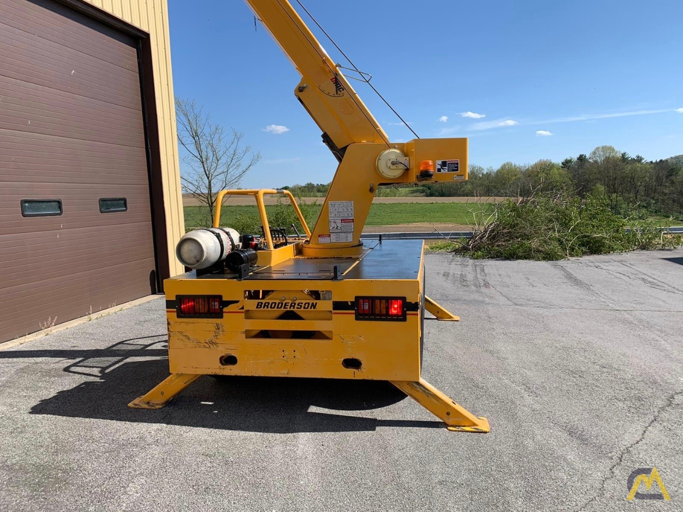 Broderson IC-80-3F 9-Ton Compact Carry Deck Crane 5