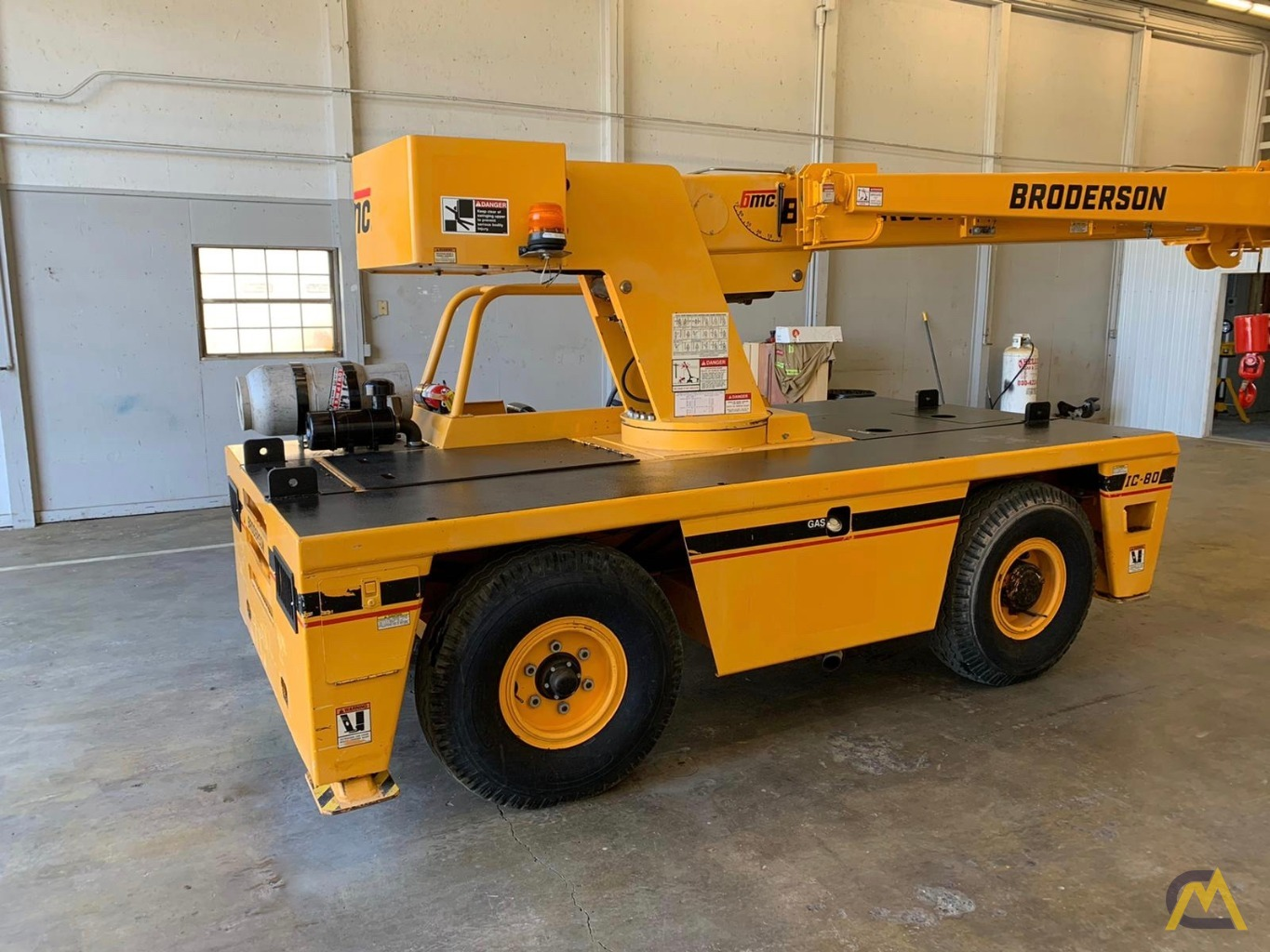 Broderson IC-80-3F 9-Ton Compact Carry Deck Crane 8