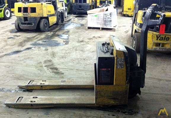 CAT NPP40 Electric Pallet Jack Caterpillar (CAT) Jack