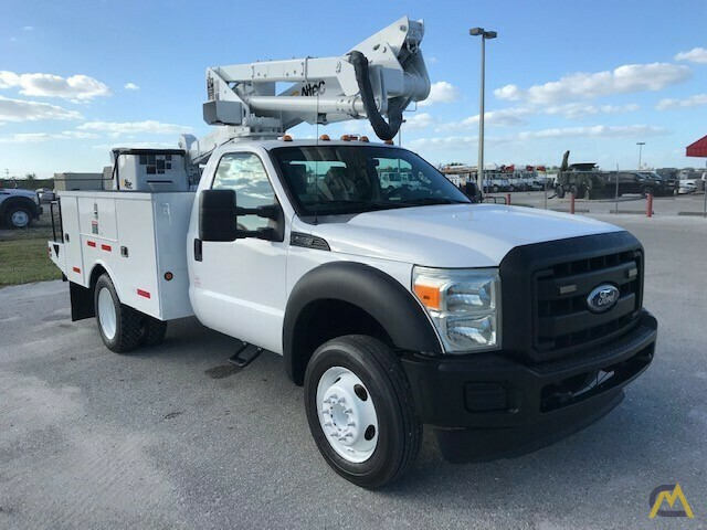 Altec AT37G 42' Articulating Telescopic Boom Aerial Bucket Truck on Ford F550 1